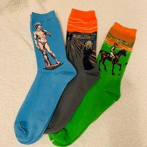 NWOT -Ladies socks (3 pairs)